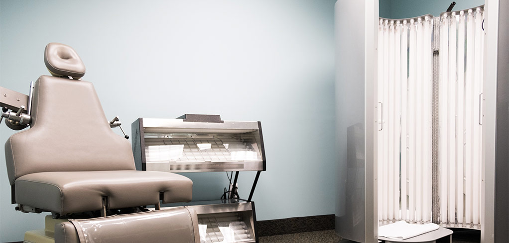 Medical Skin Care Psoriasis and Eczema Skin Cancer Treatments Davie Dermatology treatment room